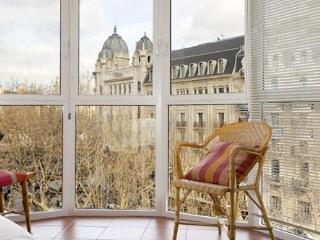 Rambla C - Centric Penthouse - Barcelona vacation rentals