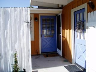 Adorable Nantucket-style Beach Cottage in Ventura - Mammoth Lakes vacation rentals