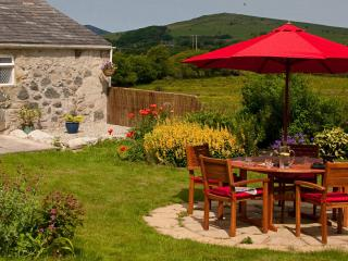 Character cottage in Llangybi near Criccieth - Criccieth vacation rentals