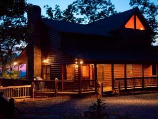 A Bears Lair  Sept. 15% Off - Blue Ridge vacation rentals
