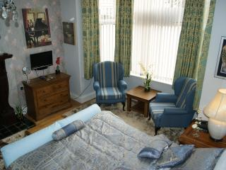 Dexby Townhouse - Pontyclun vacation rentals