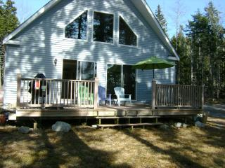 Oceanfront cottage near Hancock Point Maine - Hancock vacation rentals