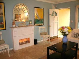 Pool Home + 5 Star Reviews! Best value in Ft Laud - Fort Lauderdale vacation rentals