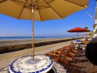 Jersey 1 - Mission Beach 2BR Oceanfront Gem - Mission Beach vacation rentals