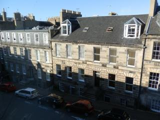 4 Bedroom Edinburgh New Town Flat - Edinburgh vacation rentals