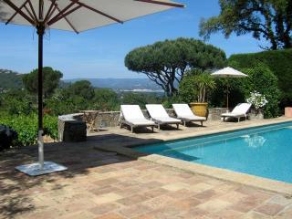 Campagne St Valentin Stunning 4 Bedroom Villa in St Tropez - Port Grimaud vacation rentals