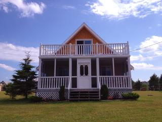 Hidden Gem - 3 Bedroom Cottage Fabulous Beach - Morell vacation rentals