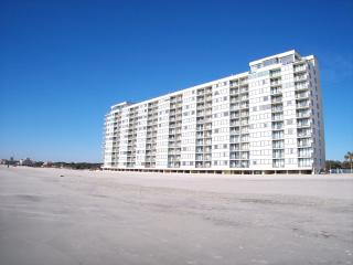 Great Deal for Stunning Myrtle Beach Condo with a Hot Tub - Myrtle Beach vacation rentals