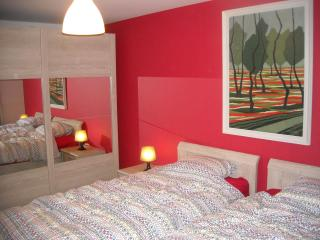 2 bedroom apartment 4/6 people at center of Bruges - Bruges vacation rentals