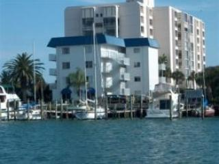 Bayside Condo - Sailor's Berth 15  End unit water/marina views - Clearwater - rentals