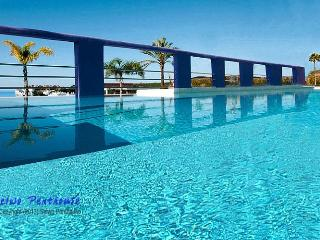 Luxury 2 bedroom penthouse in Andalusia - Estepona vacation rentals