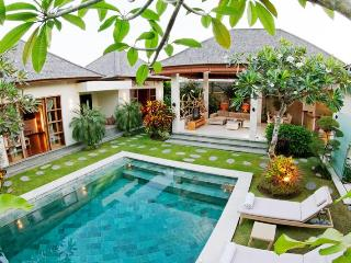 LUXURY 3 BEDROOM VILLA IN LEGIAN - Legian vacation rentals