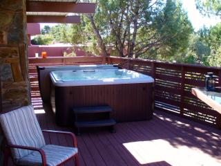 Walk to trails, theater; private spa in starlight - Northern Arizona and Canyon Country vacation rentals