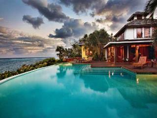 Fuego Del Mar: Oceanfront Villa on Private Estate. - Bay Islands Honduras vacation rentals