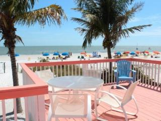 Margaritaville, our Key West style Beachfront North End Cottage now with Sun Palace Vacations -  Margaritaville - Fort Myers Beach vacation rentals