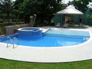 PARADISE PCH - 43873 - ELEGANT 3 BED TOWNHOUSE IN OCHO RIOS - Image 1 - Ocho Rios - rentals