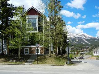 French Ridge A1 2Bed/2bath - Breckenridge vacation rentals
