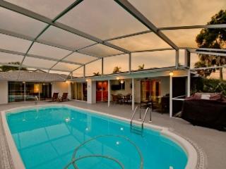 Large lanai pool - 208 Periwinkle Plaza - Holmes Beach - rentals