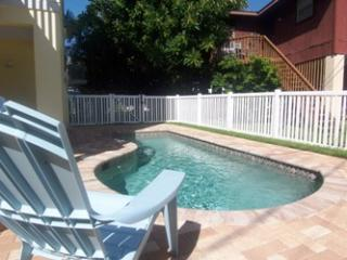 Southern Comfort on HolmesBlvd - Holmes Beach vacation rentals