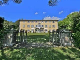 Historic Villa Bocelli Rental in Lucca - Lappato vacation rentals