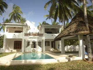 Yin Yang - 4 bed house with pool in Mida, Watamu - Malindi vacation rentals