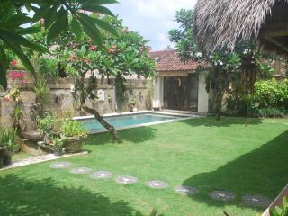 Villa Impian, a cosy 3 bedroom villa with pool - Kerobokan vacation rentals