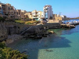 ST PAUL'S BAY CHIC NORTHQUAY - Island of Malta vacation rentals