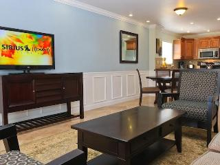 Waterfront, Immaculate Designer Decorated - Freeport vacation rentals