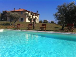Excellent Villa Gio Rental in Tuscany - Cecina vacation rentals