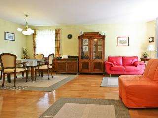 Exclusive House with Garden near the City Center - Salzburg vacation rentals