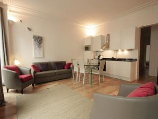 Nice Vacation Rental at Marais Prestige - Paris vacation rentals