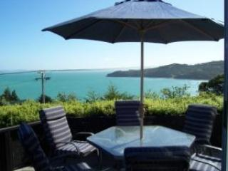 Designer Waiheke Island house - stunning sea views - Waiheke Island vacation rentals