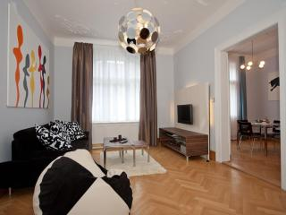 Brehova 1bedroom apartment, heart of the Old Town - Prague vacation rentals