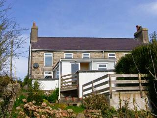 BRON HAUL pet friendly, close to beaches in Brynteg Ref 14947 - Gwynedd- Snowdonia vacation rentals