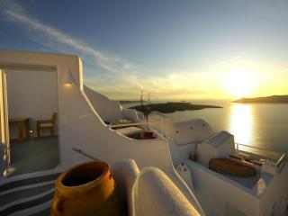 6 Bedroom house with 2 pools and stunning views - Santorini vacation rentals