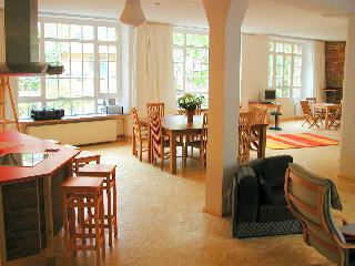 Great Vacation Loft in Berlin, Germany - Berlin vacation rentals