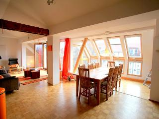 Skyloft Himmel Apartment in Berlin - Berlin vacation rentals
