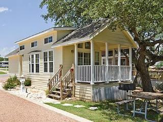 Charming Cottage West of Austin near Lake Travis - Austin vacation rentals