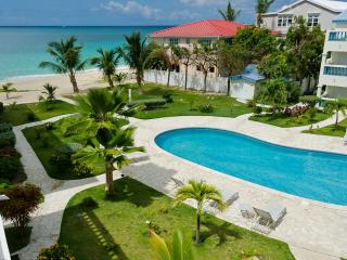 AT SEASIDE @PALM BEACH...on one of St Maarten's finest beaches, Simpson Bay - Simpson Bay vacation rentals