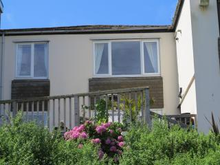 Surf Break 2 bedroomed apartment St Ives Cornwall - Saint Ives vacation rentals