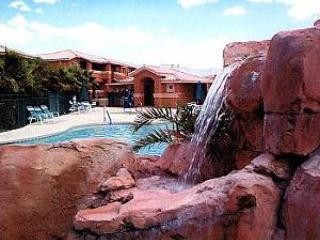 Eagle's Nest: Sunrise-to-Sunset Views, End-Unit - Mesquite vacation rentals