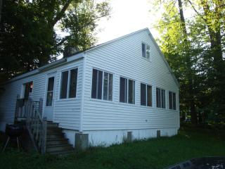 Lakeside 2Bedroom Home in the Beautiful Berkshires - Richmond vacation rentals