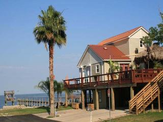 Gorgeous Vacation Rentals Home in Kemah, Texas - Santa Fe vacation rentals