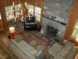 Beautiful Lakefront Cabin in Highlands, NC - Tuckasegee vacation rentals