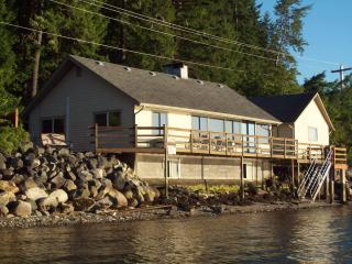 Union City Beach House, Hood Canal Waterfront View - Hoodsport vacation rentals