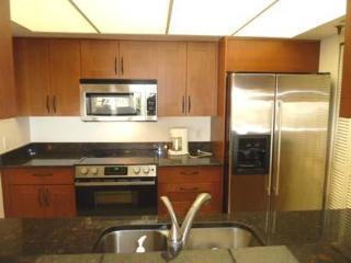 2-bed, 2-bath Beach-side Condo, Redington Shores - Redington Shores vacation rentals