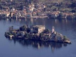 Lake Maggiore - Lovely Lakeside Apartment - Lake Maggiore vacation rentals