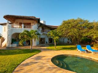 Suni House - 4 Bedroom, 2nd Row Watamu Home - Malindi vacation rentals