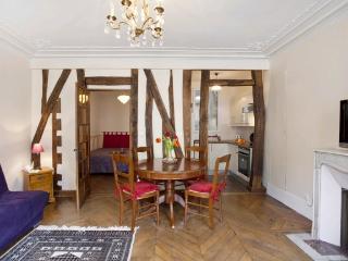 Charming Apartment in Paris Close to the Jardin des Plantes - Paris vacation rentals