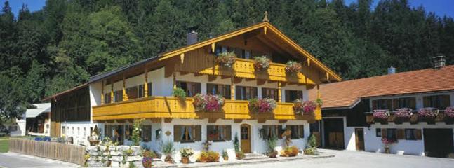 LLAG Luxury Vacation Apartment in Jachenau - 753 sqft, warm, comfortable, relaxing (# 2850) #2850 - LLAG Luxury Vacation Apartment in Jachenau - 753 sqft, warm, comfortable, relaxing (# 2850) - Jachenau - rentals